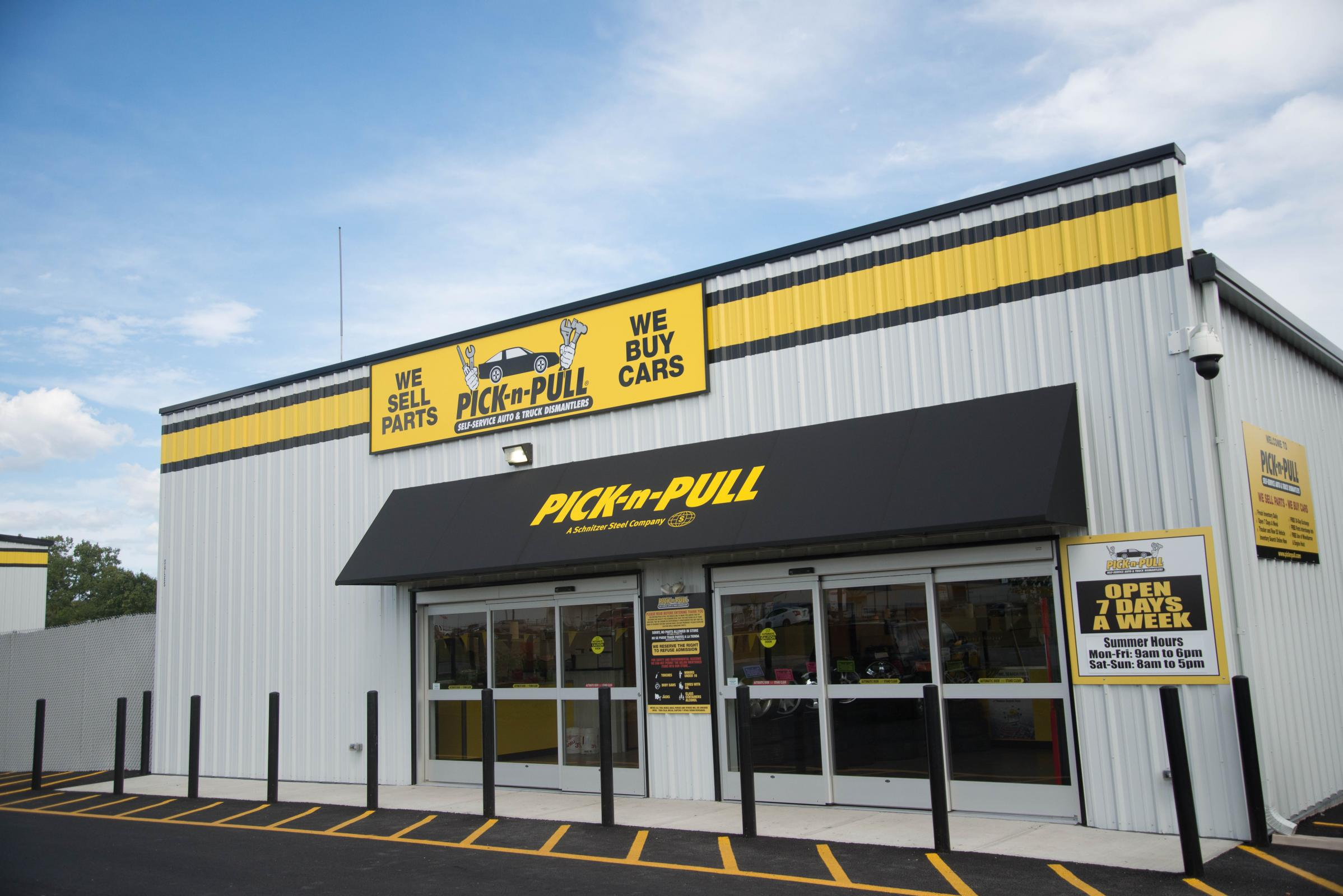 Pick and Pull Storefront
